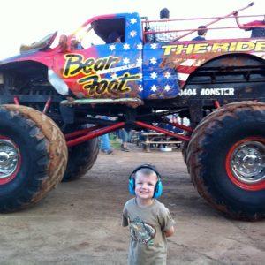 ems-4-kids-earmuffs-monster-trucks